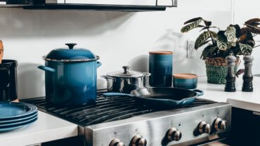 Pots and Pans with different Cookware Material and Coatings